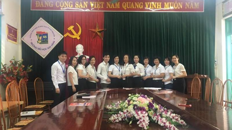 HỌP CHI BỘ